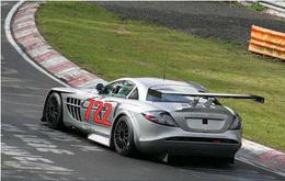 Mercedes SLR 722 GT sur le Ring' : pas (encore) brillant !