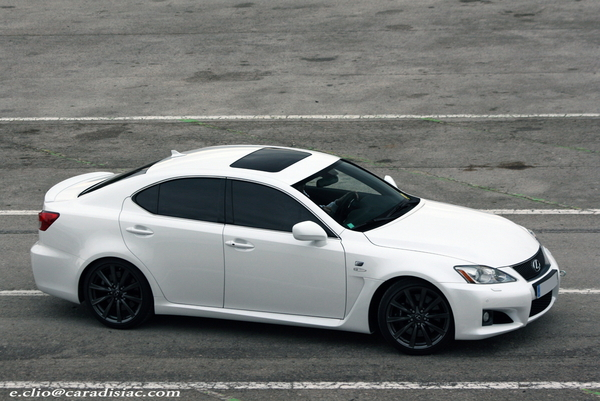 Photos du jour : Lexus ISF