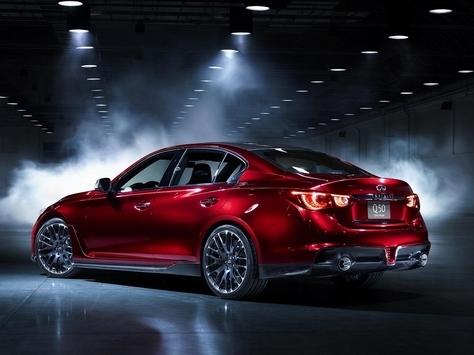 L'Infiniti Q50 Eau Rouge fait entendre son V6 turbo