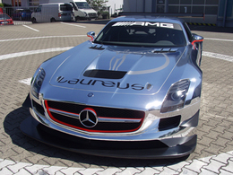 Mercedes SLS AMG GT3 : flèche d'argent chromée, à l'ancienne