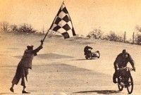 La création du Championnat du Monde de Vitesse Moto.