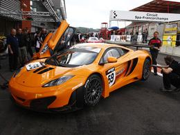 Débuts prometteurs pour la McLaren MP4-12 C en compétition