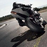 Economie - Dunlop: Montluçon devient un centre européen produisant des pneus de course