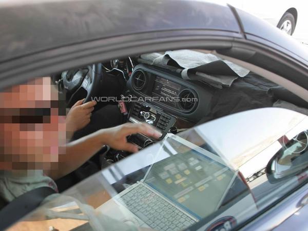 Spyshot : à l'intérieur du prochain Mercedes SL