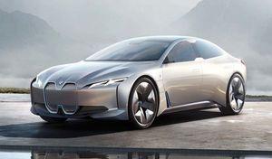 """BMW i4 : une """"simple"""" conversion plutôt qu'un modèle à part"""