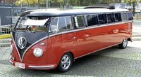 Une Volkswagen Combi Limousine
