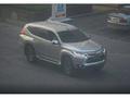 Surprise : le futur Mitsubishi Pajero Sport se montre nu