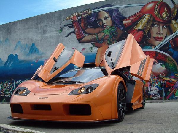 Offrez-vous un look de McLaren F1!