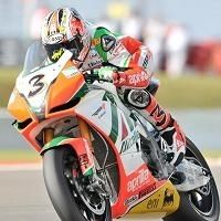Superbike - Aprilia: Biaggi seul pour le titre à Imola et avec Camier en 2011