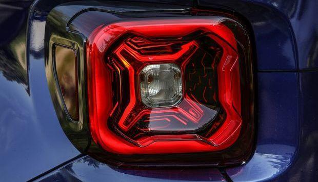 Jeep Renegade restylé : première image