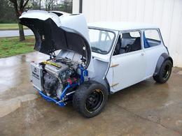 Austin Mini 4 roues motrices (photos + vidéos)