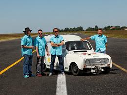 """ille et une Renault 4 au """"4L international"""""""