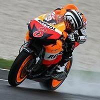 Moto GP - Honda: Okada encourage Pedrosa à essayer le nouveau moteur