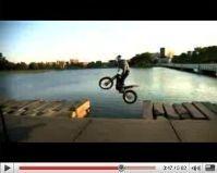 Vidéo moto : Julien Dupont ride the world