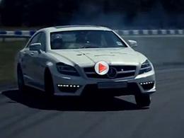 [vidéo] Mercedes brûle encore de la gomme