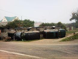 Un transporteur se renverse et détruit sa cargaison de Land Rover