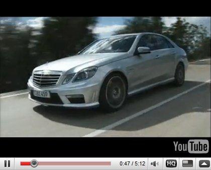 [Vidéo] : Mercedes E63 AMG en action