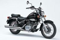 Suzuki 125 Intruder : mais que reste-t-il aux grandes ?