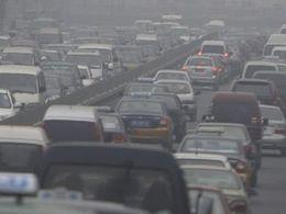 Pollution: l'émission de 95 grammes de CO2 par kilomètre c'est pour 2020