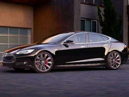 Tesla : la Model S gagne en autonomie et en puissance