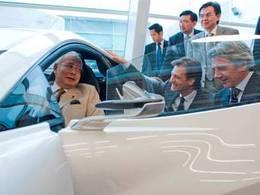 Le premier ministre malaisien en visite chez Lotus