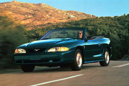 Ford Mustang   A quel prix trouver cette auto   mythique sur le marché ?