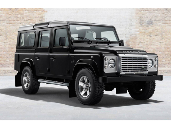 land rover produira quelques defender en 2016. Black Bedroom Furniture Sets. Home Design Ideas