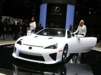 Lexus autorise maintenant les clients américains à acheter la LFA
