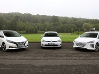 Nissan Leaf vs Hyundai Ioniq vs Volkswagen e-Golf : conflit sous haute tension