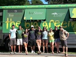The Big Green Bus : deux mois de vacances pour changer le monde