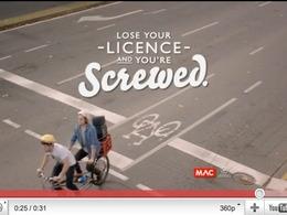 «Si vous perdez votre permis, vous êtes mal » : une campagne australienne qui joue la carte de l'humour