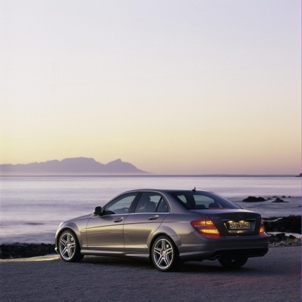 En 2011, la Mercedes Classe C restylée sera hybride