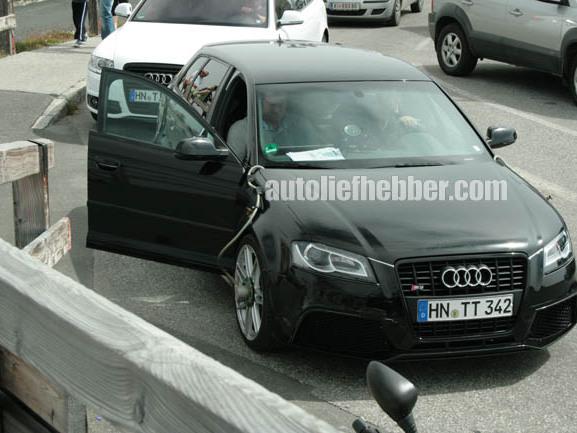 Spyshot : l'Audi RS3 en balade dans les Alpes