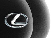 Lexus s'attaque au porno