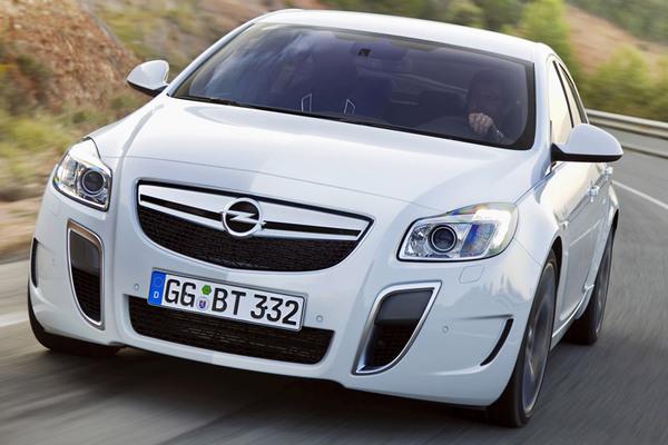 Nouvelle Opel Insignia OPC [325 ch]: officielle! l'Audi S4 en ligne de mire