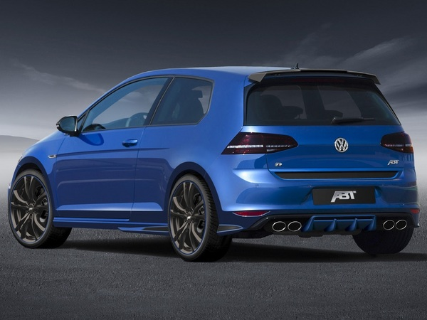 la volkswagen golf r400 plus ch re que l 39 audi rs3. Black Bedroom Furniture Sets. Home Design Ideas