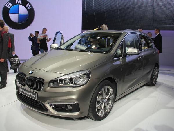 Vidéo en direct de Genève 2014 - BMW Série 2 Active Tourer : faites des enfants