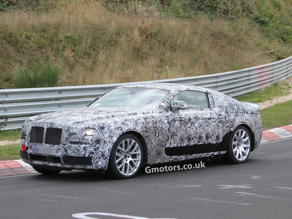 Surprise : la Rolls Royce Ghost Coupé sur le Nürburgring