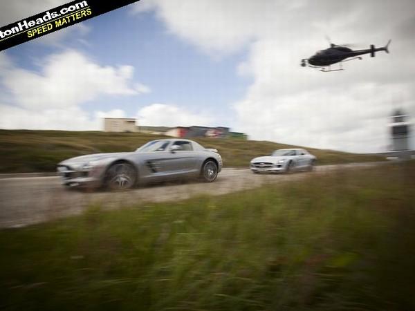 [Vidéo] La vie est belle pour David Coulthard en Mercedes SLS AMG sur l'Ile de Man
