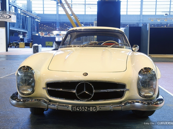 Photos du jour : Mercedes 300 SL Roadster (Rétromobile)