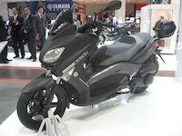 En direct de Milan : Yamaha X-Max 125/250 Momo Design série limitée