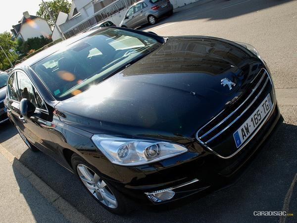 Exclu Caradisiac : la Peugeot 508 surprise en balade du côté de Carnac