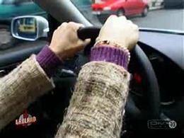 Fumer, manger ou téléphoner au volant...c'est possible !