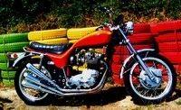 Triumph X 75 Hurricane: intemporelle...