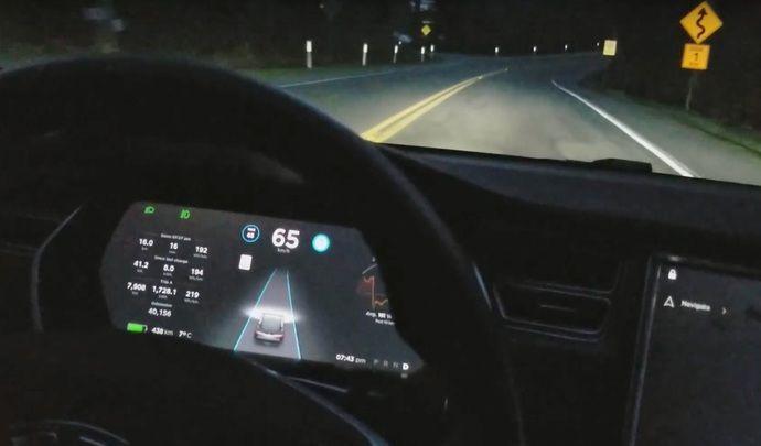 Tesla : un Autopilot amélioré pour bientôt
