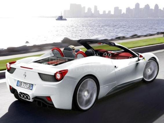Future Ferrari 458 Spider : avec un toit rigide ?
