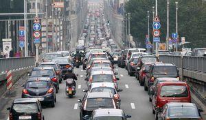 De plus en plus de Franciliens laissent leur véhicule au garage