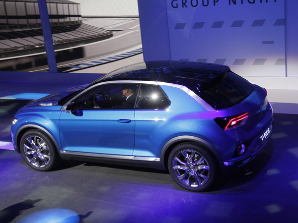 en direct de gen ve 2014 volkswagen t roc un concept pas si concept. Black Bedroom Furniture Sets. Home Design Ideas