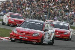 BTCC: aux dernières nouvelles Thomson arrive, Vauxhall annonce son retrait