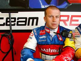Olivier Panis vise le championnat du monde GT1 en 2011